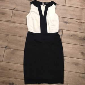 Banana Republic Dress size 2 White and Black